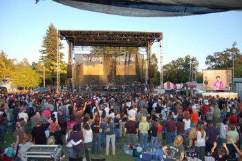 outdoor-concert-image