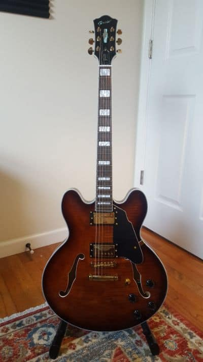 Grote 335 semi hollow guitar front on