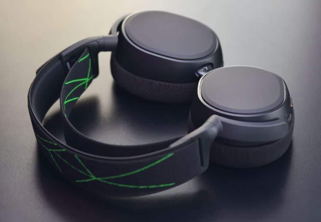 quality pair of closed back headphones
