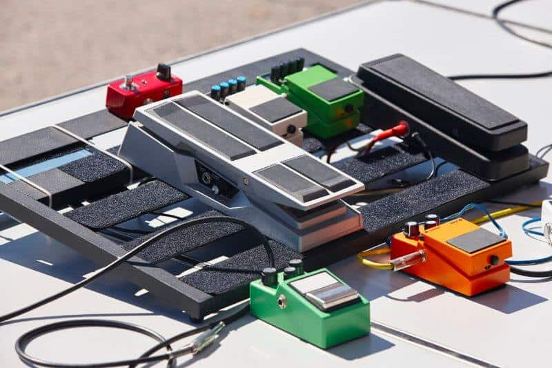 Pedal Board Including Wah Pedal