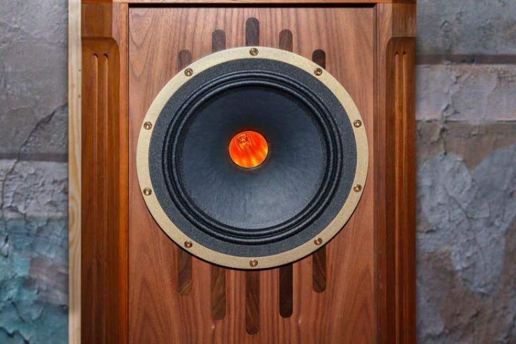 good quality vintage bookshelf speaker
