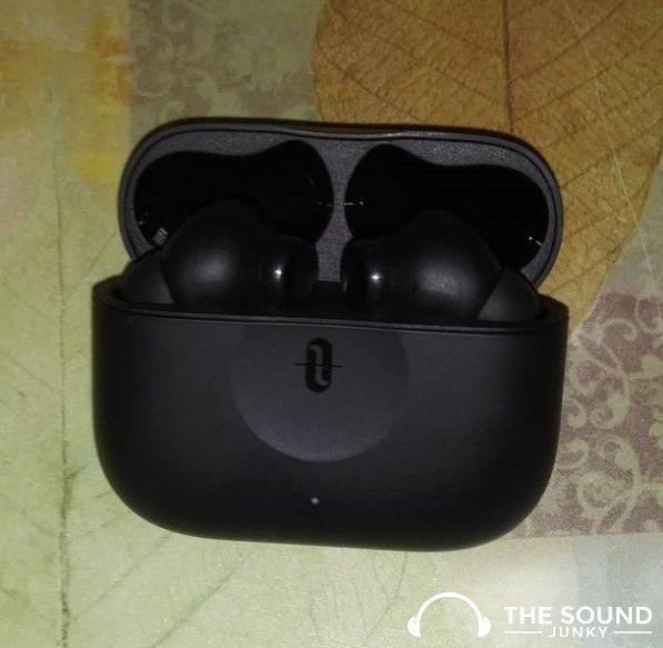 SoundLiberty Pro P10 Earbuds & case